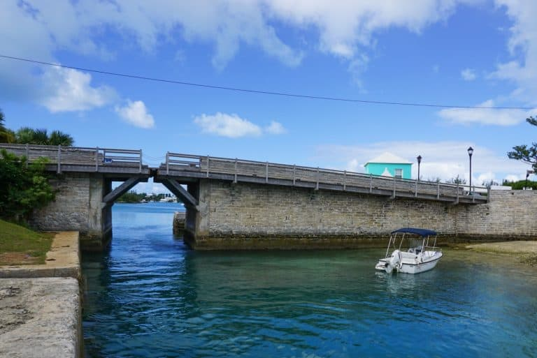 Smallest Drawbridge in the World - Sommerset Bridge Bermuda Island