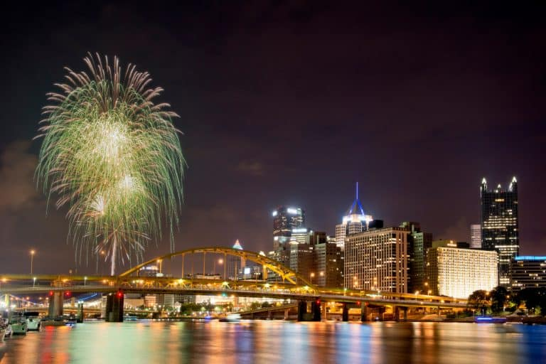 Pittsburgh Christmas events include fireworks.