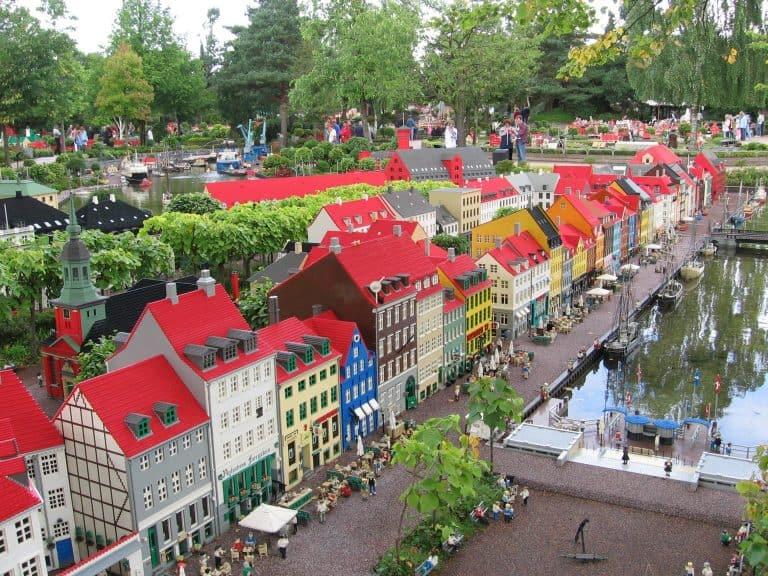 Copenhagen-with-Kids-Den-Bla-Planet-photo-by-Flickr-Marcin-Wichary
