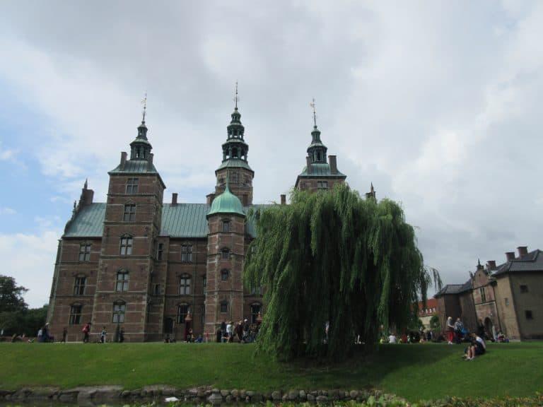 Copenhagen-with-Kids-Rosenborg-by-Aerie-Gray