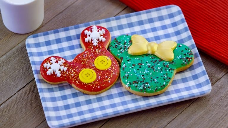 Holiday Mickey and Minnie Cookies at Disneyland