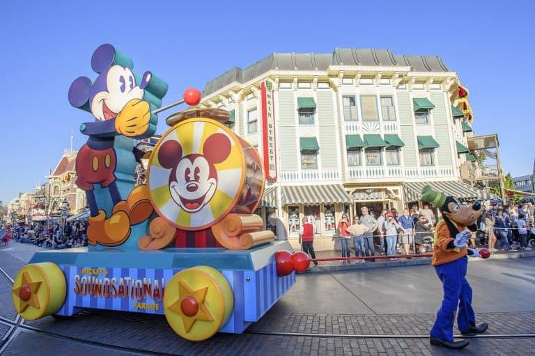 Disneyland Soundsational Parade
