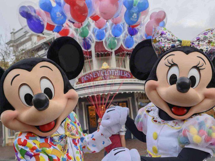 Disneyland Photo Scavenger Hunt