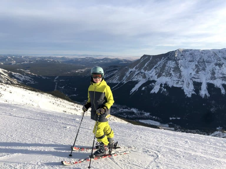 skiing in banff