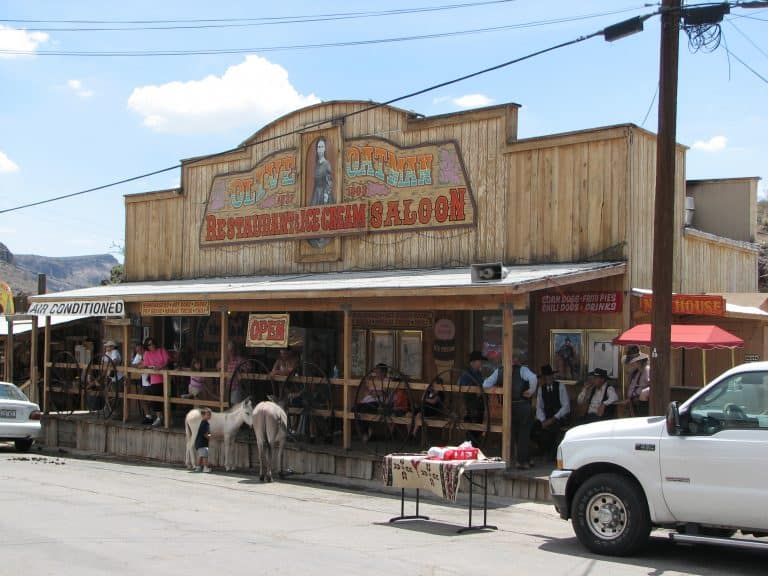 best ghost towns in Arizona Oatman