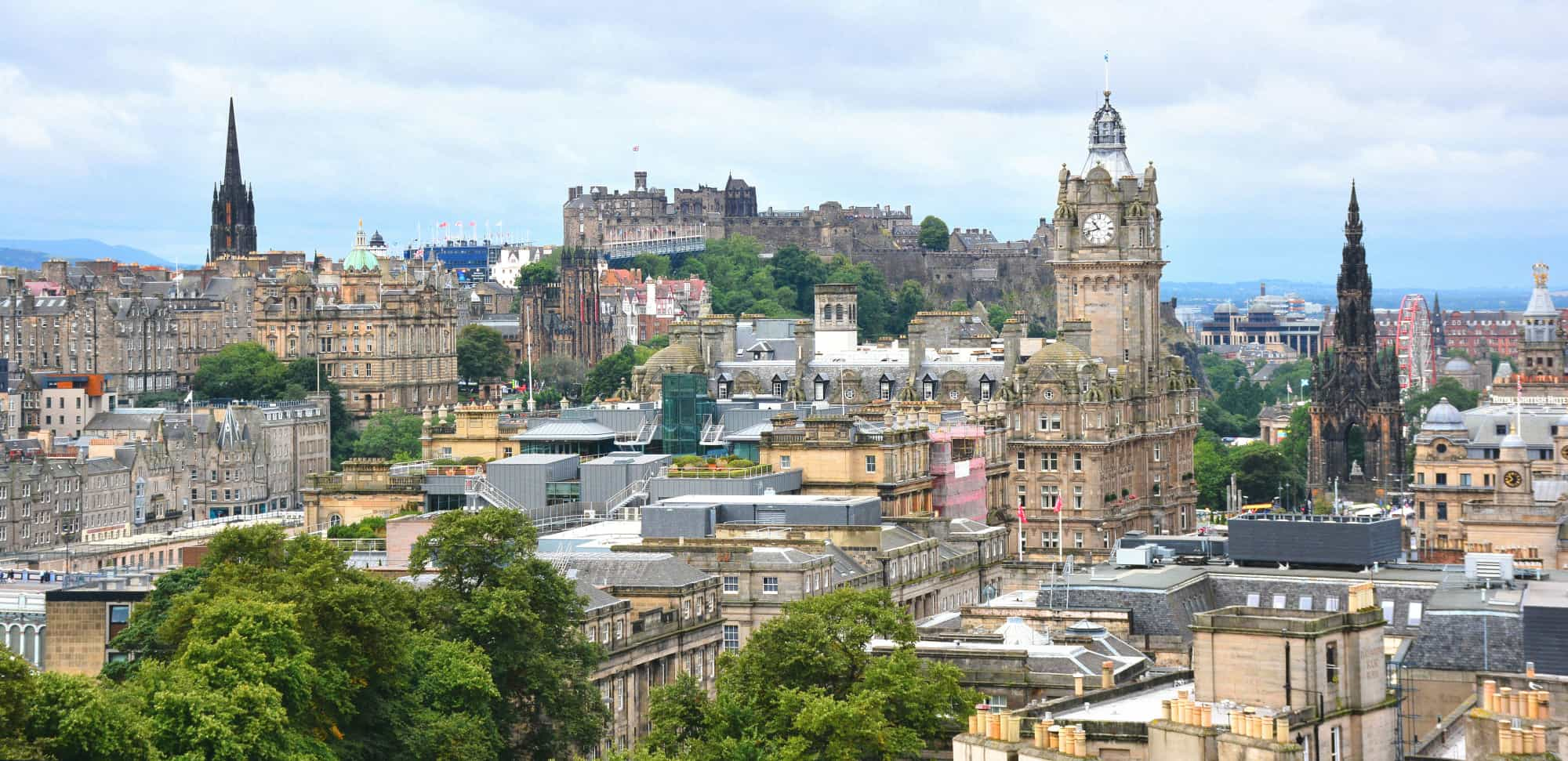 https://blog.trekaroo.com/wp-content/uploads/2019/03/Things-To-Do-In-Edinburgh-Photo-by-Flickr-Mike-McBey.jpg