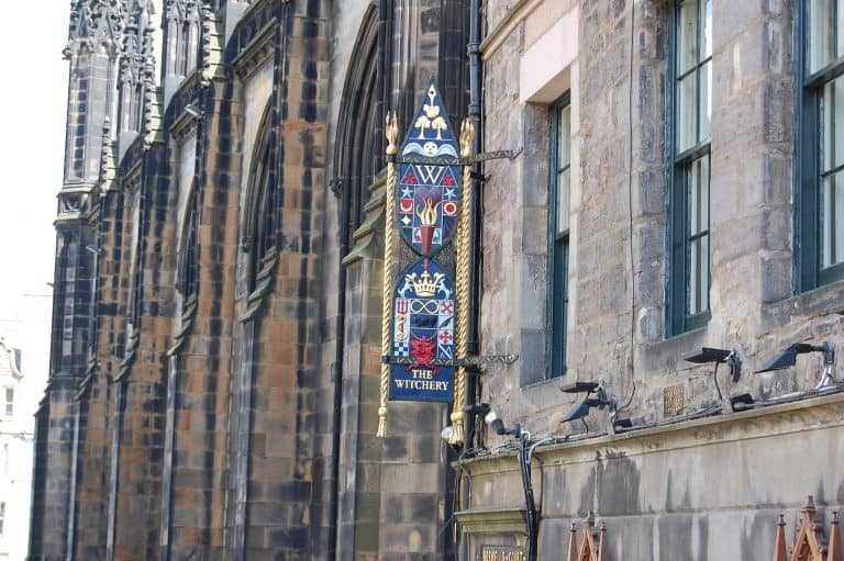 Things-To-Do-In-Edinburgh-Witchery-Photo-by-Flickr-by-Dwilkinson08