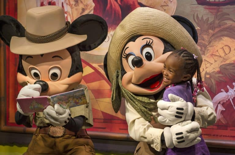 Mickey and Minnie character meeting