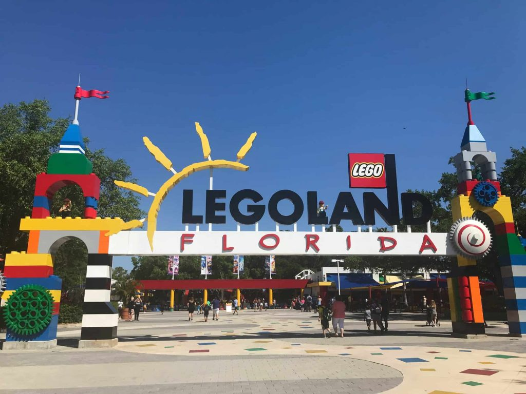 Thigns to do in Orlando with kids include visiting LEGOLAND
