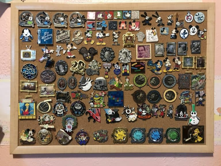 Disney pin trading: Pin trading boards