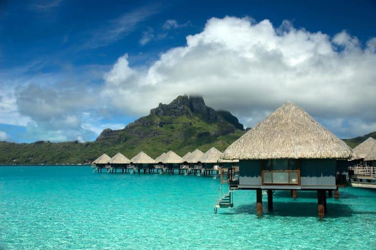 Tahiti Overwater bungalows