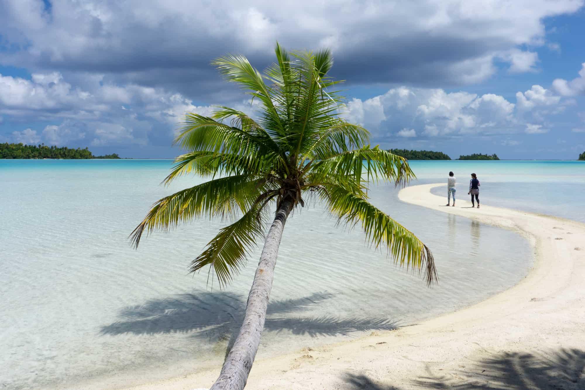 Rangiroa, Tahiti: Diving in Tahiti's Largest Atoll