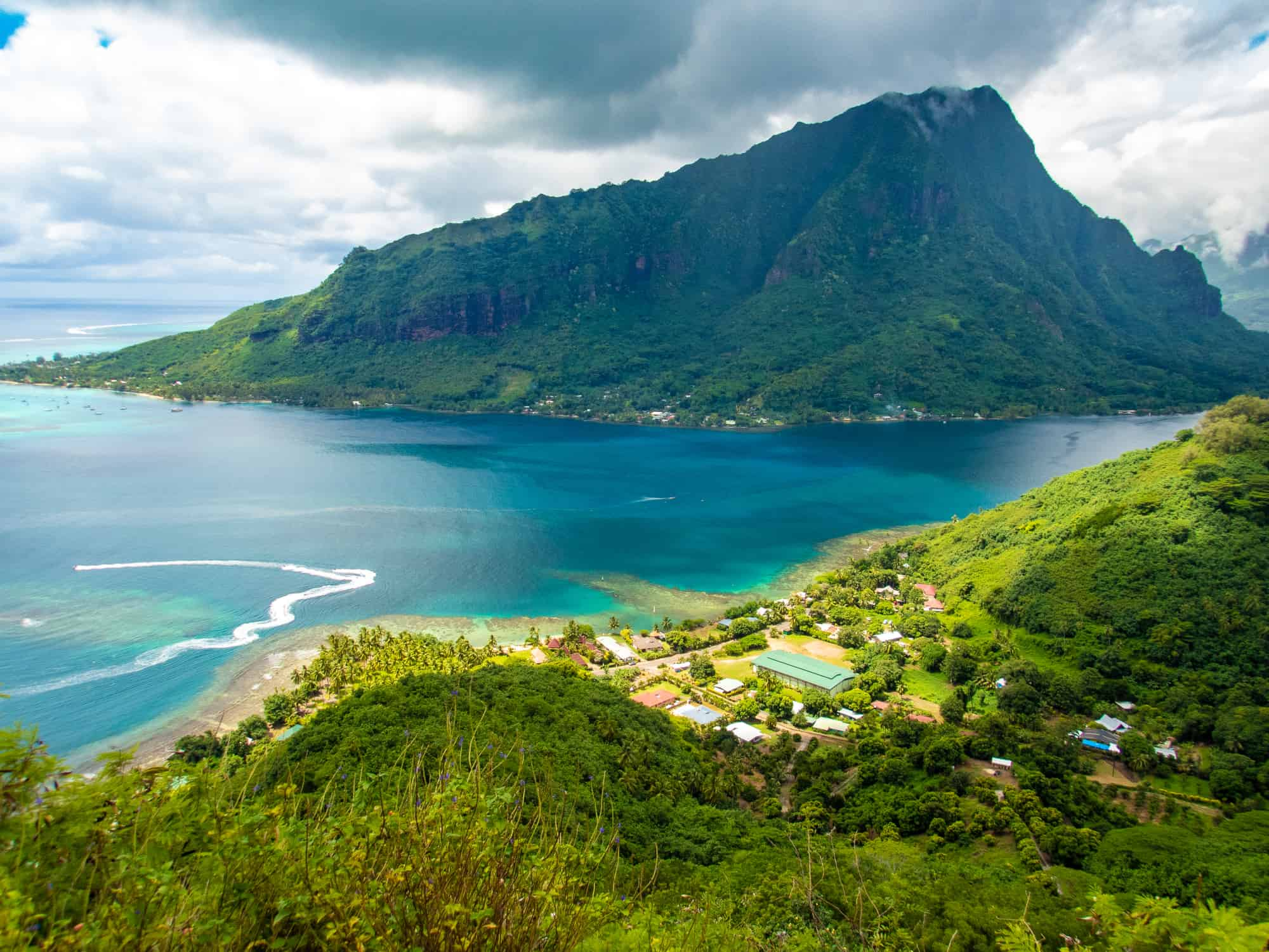 The Absolute Best Things to Do in Moorea, Tahiti