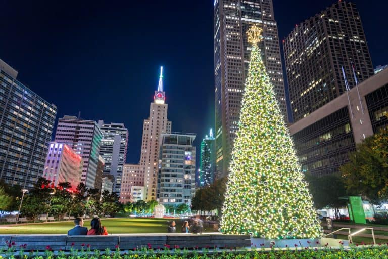 Christmas Events in Dallas include tee lightings