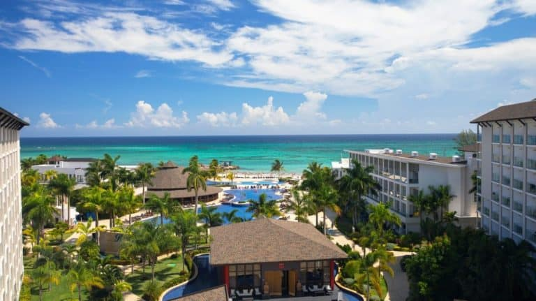 The Royalton White Sands features a beautiful Caribbean view | Photo by Royalton Resorts