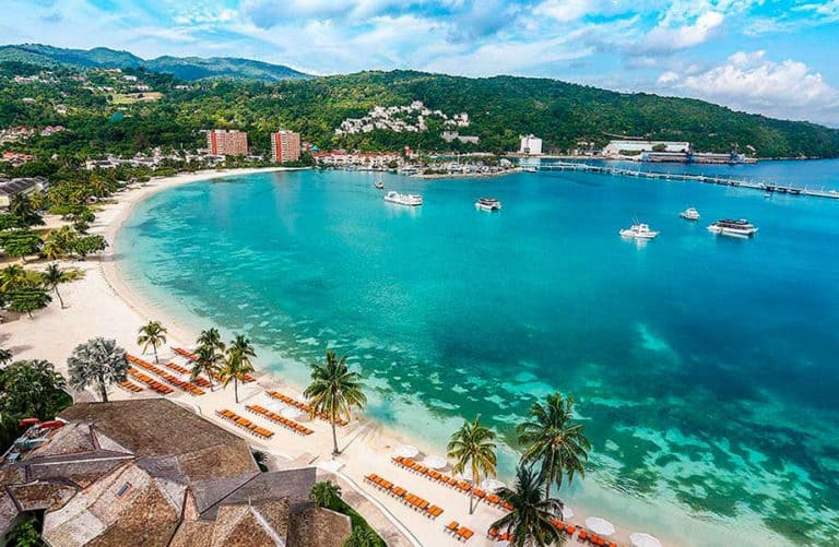 beaches at Moon Palace in Jamaica