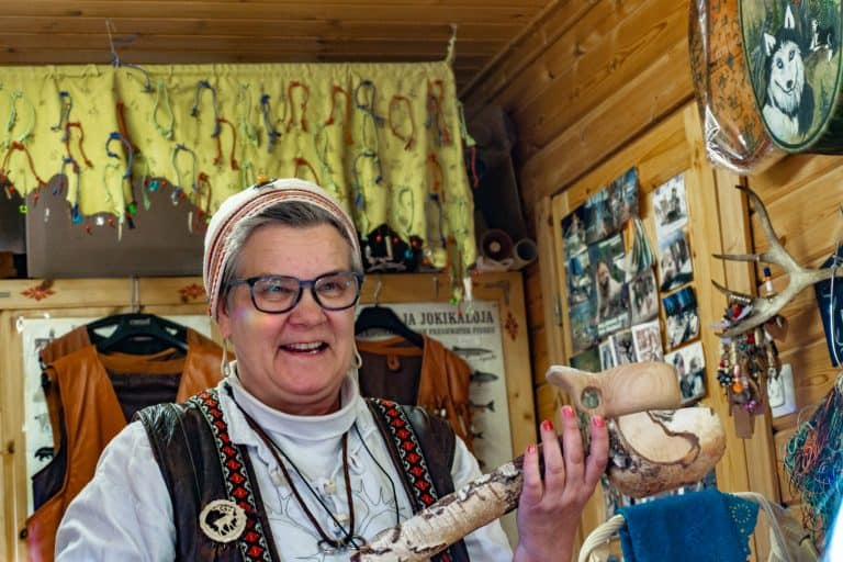 Rovaniemi: Meeting a Reindeer Herder and Craft Workshop
