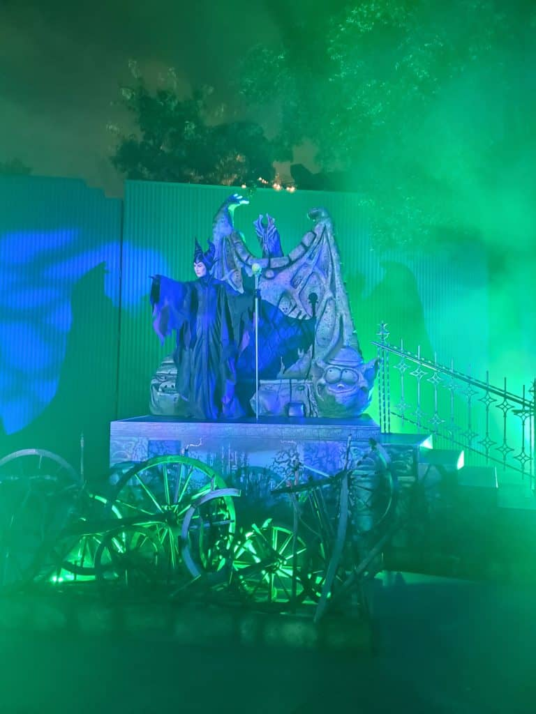 Dont miss the immersive Disney villains treat trails at the Oogie Boogie Bash | Photo by Katie Bodell