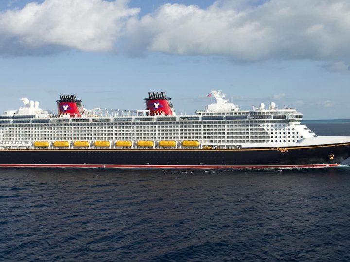 Disney Dream Ship