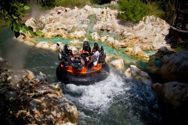 Grizzly River Run in Disney California Adventure