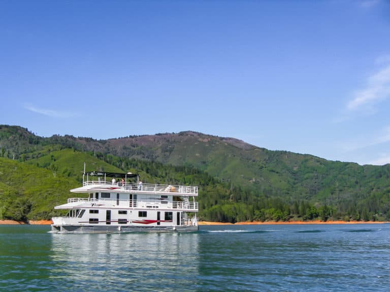 Houseboat on Lake Shasta in Northern California