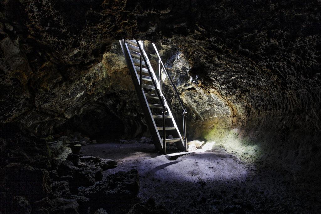 Lava Beds National Monument Mushpot cave
