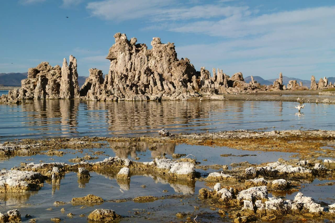 things to do in Northern California include visiting Mono Lake