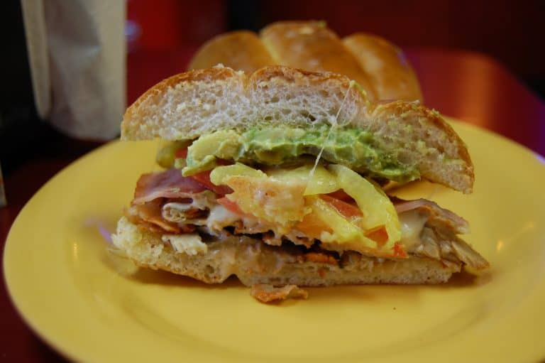 best-mexican-restaurants-in-phoenix-los-reyes-de-la-torta-by-flickr-stu_spivack