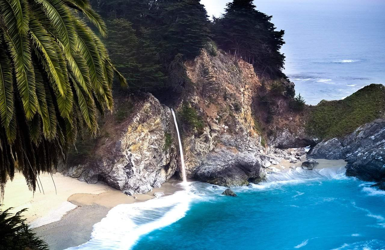 One of the best things to do in Northern California with kids is visit McWay Falls in Big Sur