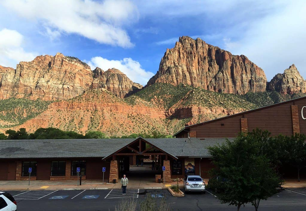 Cable Mountain Lodge photo