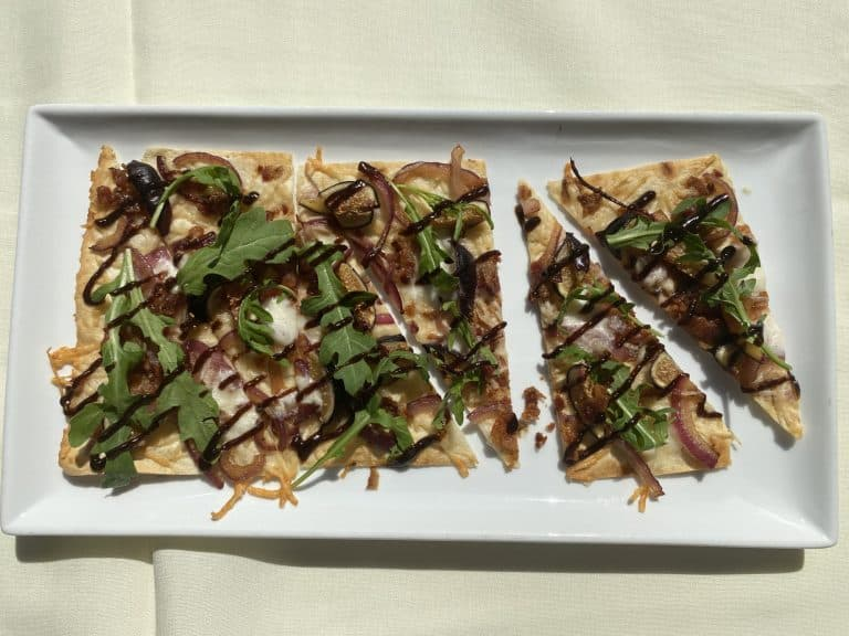 Fig and Goat cheese flatbread recipe