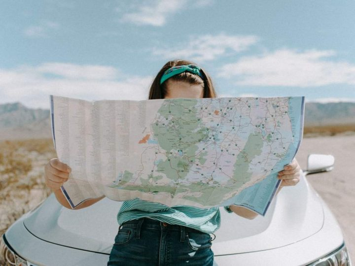 8 Great Ways to Keep Your Kids Occupied While Traveling