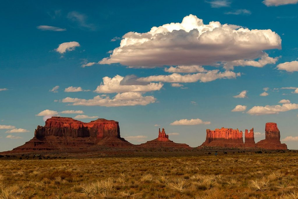 monument valley by flickr g yancy weekend getaways from phoenix