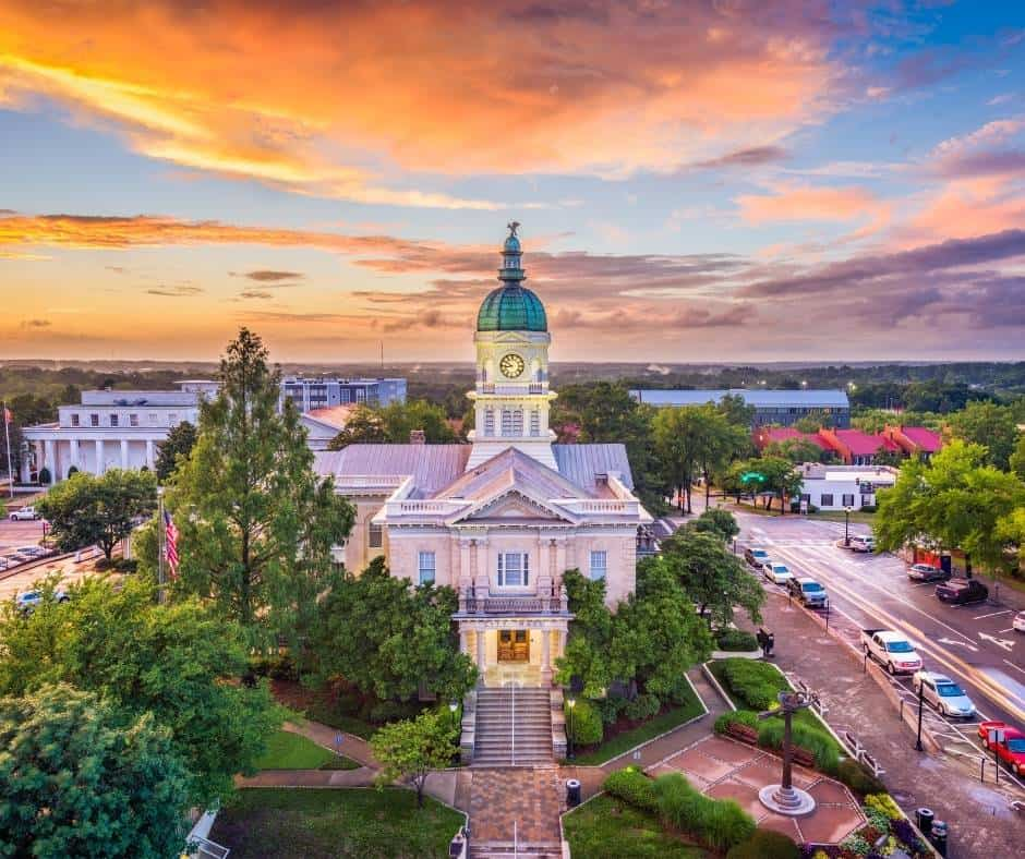 Day trips from Atlanta include  Athens, Georgia.