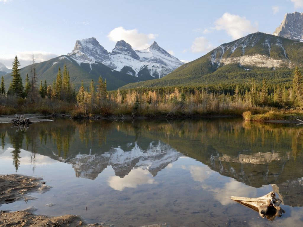 Calgary to Banff Drive includes Canmore's Three Sisters