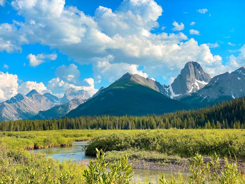 Calgary to Banff Drive Mount Engadine
