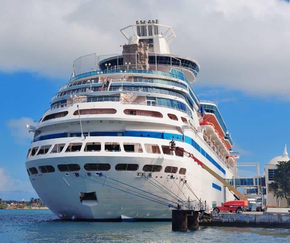 Cruise ship in Miami
