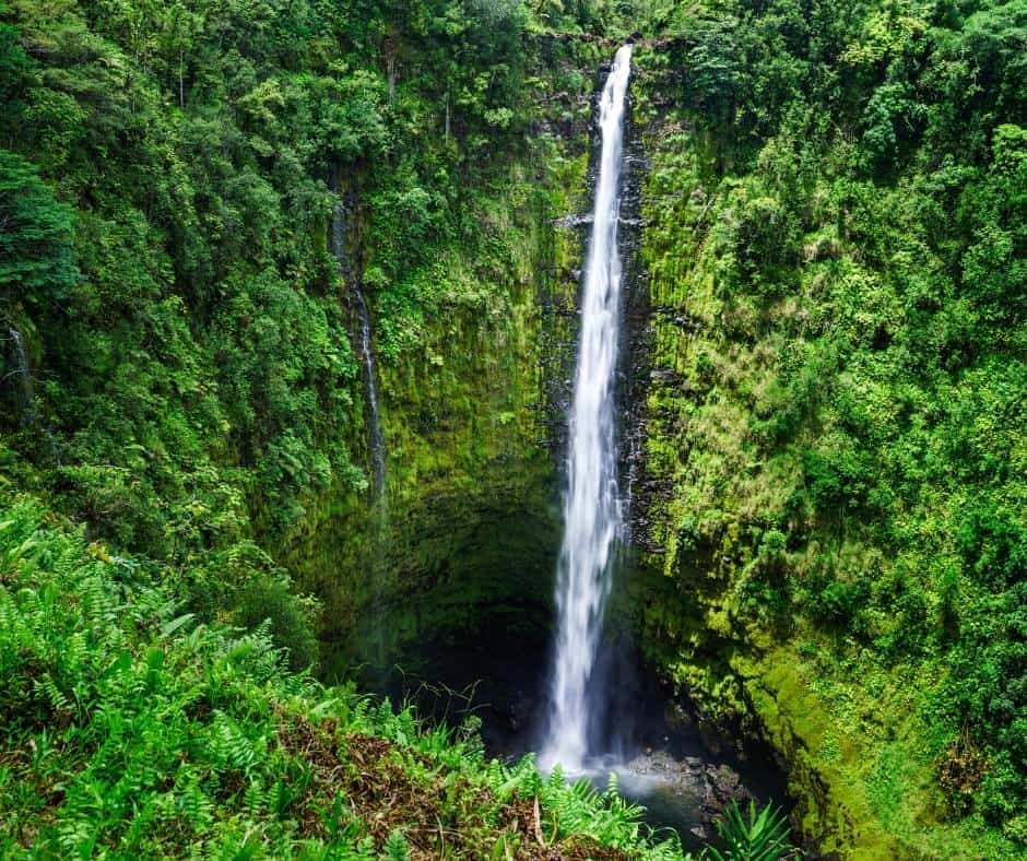 things to do on the Big Island with kids include visiting waterfalls