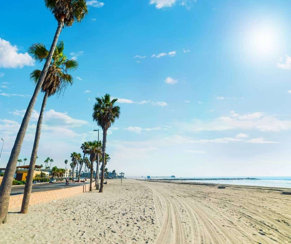 Oceanside Beach is one of the best beaches near Carlsbad