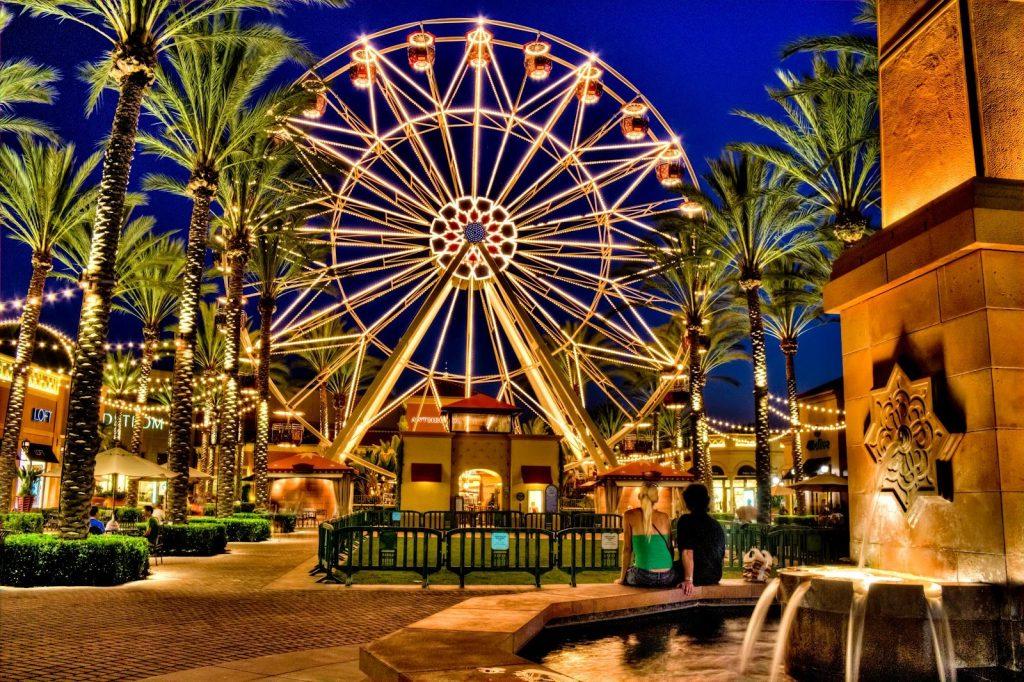 Giant Wheel at Irvine Spectrum in Orange County