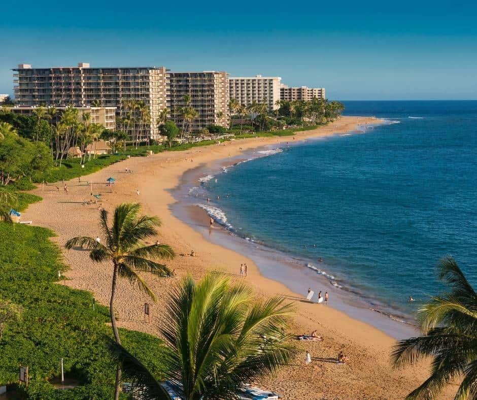 Kaanapali Beach is the most popular beach in Maui