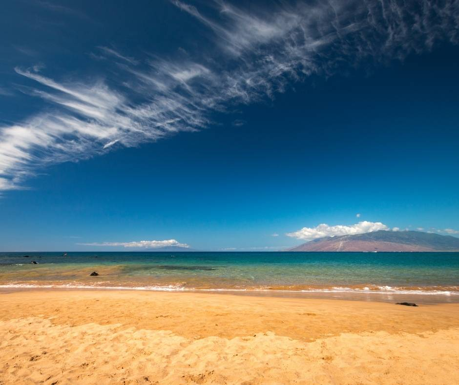 This image has an empty alt attribute; its file name is Best-Beaches-in-Maui-Mokapu-Beach.jpg