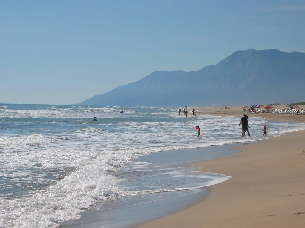 One of the best beaches in Santa Barbara is Sant Claus Beach