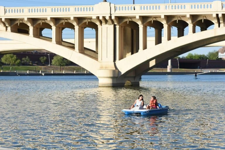 Things to do in Tempe with kids include boating on Tempe Town Lake
