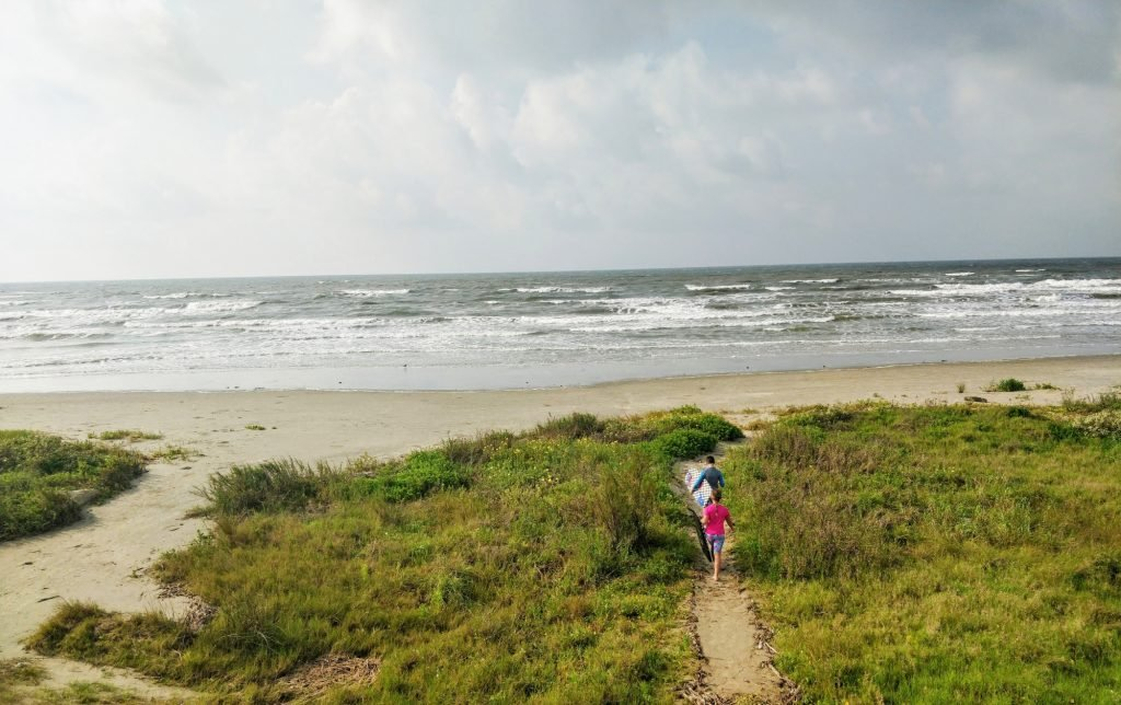 Beaches in Texas for Families, Sea Isle Beach on Galveston Island