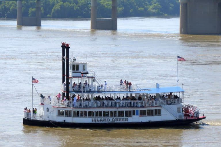 Riverboat cruise in Memphis Tennessee