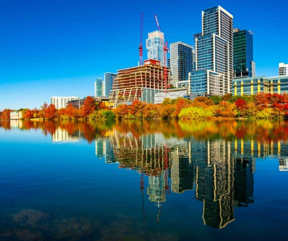 Fall Colors in Texas- 10 Places to See Fall Foliage in Texas 1