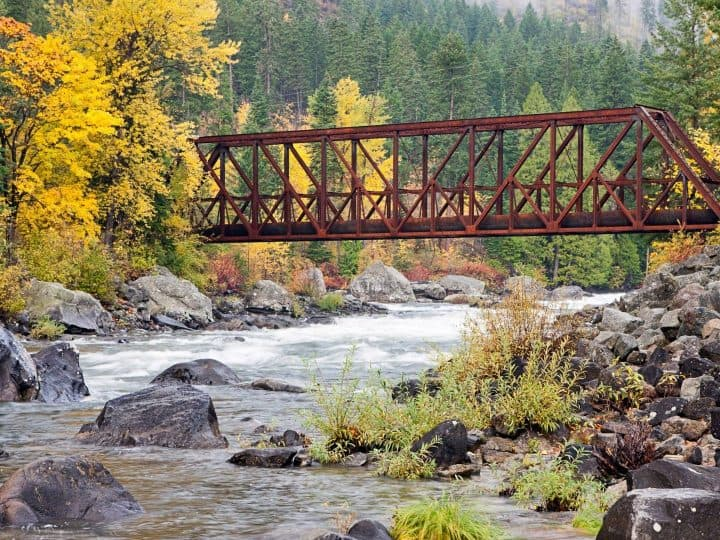 8 Great Places to See Fall Colors in Washington State